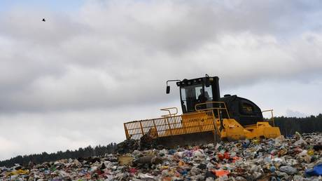 Trashing the environment? Big stink as Russian officials warn dozens of landfills & illegal dump sites are threatening to overflow