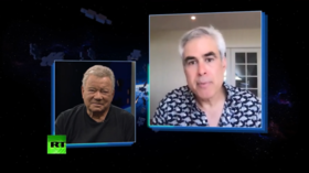 William Shatner with Jonathan Haidt's 'The Happiness Hypothesis'