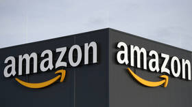 'Talk to the hand, Bezos' : Social media users skewer Amazon's 'nefarious'  $10 for palm print promotion