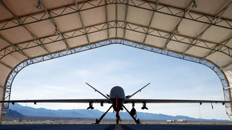 An MQ-9 Reaper remotely piloted aircraft (RPA) is parked in an aircraft shelter at Creech Air Force Base on November 17, 2015 in Indian Springs, Nevada. © Isaac Brekken/Getty Images