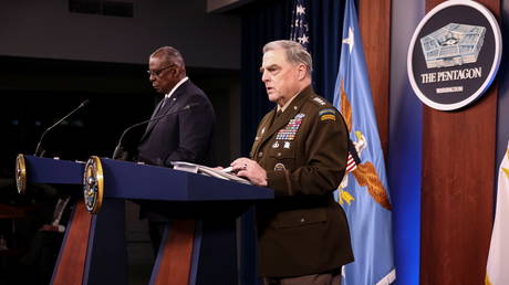 US Defense Secretary Lloyd Austin and Joint Chiefs Chairman General Mark Milley discuss Afghanistan during a news conference at the Pentagon, September 1, 2021.