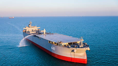 The Iranian-made warship Makran (FILE PHOTO) © Iranian Army/WANA (West Asia News Agency)/Handout via REUTERS