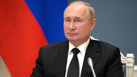 Russian President Vladimir Putin takes part in the BRICS summit via a video link in Moscow, Russia September 9, 2021. © Sputnik/Alexei Druzhinin/Kremlin via REUTERS