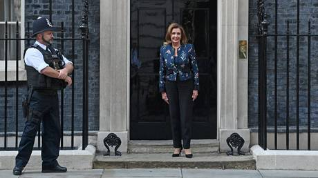 'Destruction of the Good Friday accords' would prevent US-UK post-Brexit trade deal, US House speaker warns...