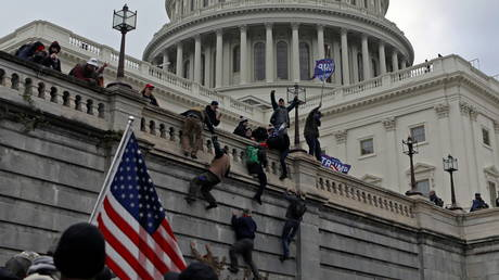 Supporters of US President Donald Trump protest outside the Capitol in Washington. January 6, 2021. © Reuters / Jim Urquhart