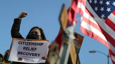 FILE PHOTO. A rally in support of immigrants in the US. ©REUTERS / Lucy Nicholson