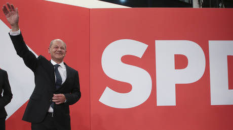 Olaf Scholz, finance minister and SPD candidate for chancellor, at an election party in Berlin, Germany, September 26, 2021. © Wolfgang Kumm / dpa / AP
