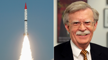 (L) Pakistan's nuclear-capable surface-to-surface ballistic missile Shaheen II, Hatf VI. © Reuters / Stringer Pakistan;(R) John R. Bolton, 27th United States National Security Advisor. © Wikipedia
