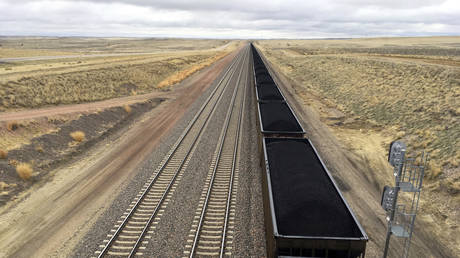 Europe & China DID NOT request boost in Russian coal supplies – Energy Ministry