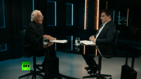 John Pilger on Afghanistan withdrawal: US military is a killing machine! (E1046)