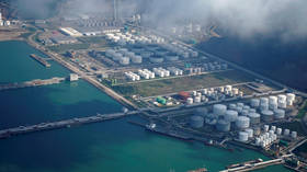 China cuts oil imports & ramps up purchases of natural gas