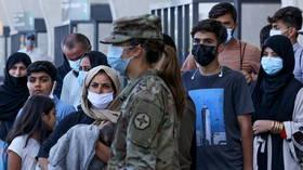 Biden ajoute la rougeole à la liste des maladies «quarantaines» après des infections parmi les réfugiés afghans