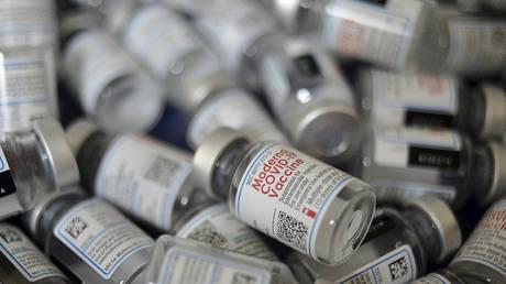 Vials of the Moderna vaccine against the Covid-19 coronavirus July 18, 2021. © Reuters / Munir Uz zaman