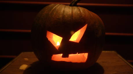 Dead silence? Halloween is on in Canada's most populous province, but officials say no 'singing or shouting' for trick-or-treaters
