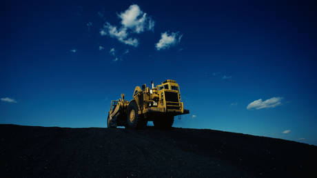 China orders huge boost in coal output to avert severe power crunch
