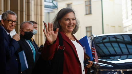 US Under Secretary of State Victoria Nuland reacts while walking out of the headquarters of Russia's Foreign Ministry after talks with Russian officials in Moscow, Russia October 12, 2021. © REUTERS / Maxim Shemetov