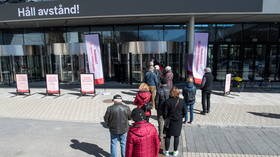 Bring a friend and get a present! Switzerland incentivizes citizens to convince acquaintances to get Covid jab
