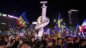 'Freedom without certificates!' Thousands protest against Covid passports & planned vaccine mandate in Romania (VIDEOS)