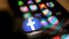 Facebook, WhatsApp & Instagram ALL down in major worldwide outage