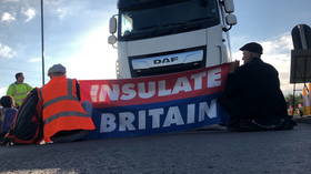 Insulate Britain announces it will suspend chaotic campaign blocking major roads… for less than 2 weeks