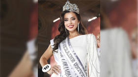 Miss Ukraine lashes out at critics angry at her for speaking Russian, beauty queen explains that she hasn't learned Ukrainian