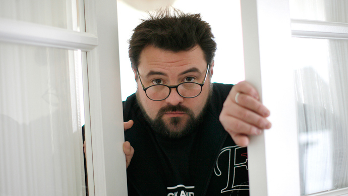 Director Kevin Smith talks to Larry King about marijuana, discomfort with weight, & final film