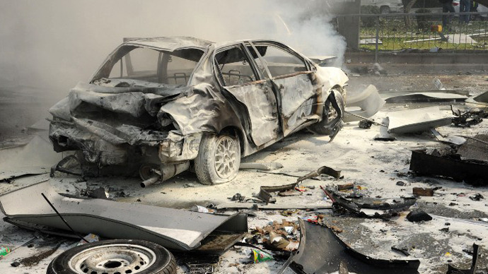 Car blast rocks central Damascus, casualties reported