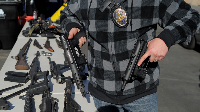 LAPD illegally sold police guns, claims veteran officer