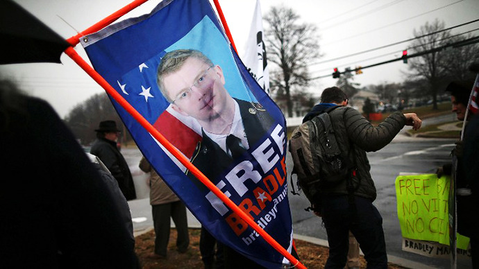 No slack for Manning: Prosecutors to press for life