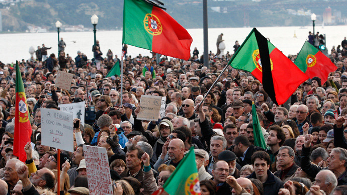 People gather against government austerity policies at Lisbon's main square Praca do Comercio March 2, 2013 (Reuters / Hugo Correia)