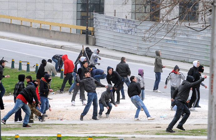 Ethnic Albanians clash with Macedonian riot police during a demonstration in Skopje on March 2, 2013 (AFP Photo / Robert Atanasovski)