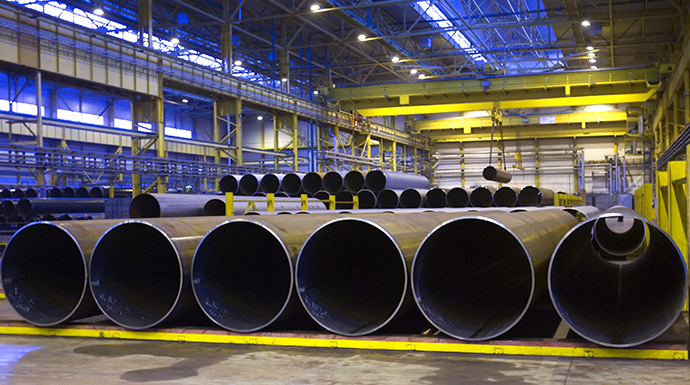 Ready produce in the pipe-producing shop of Severstal Group's Izhora Pipe Plant (ITZ). (RIA Novosti / Alexey Danichev)