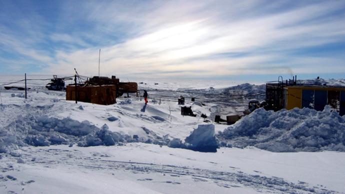 Vostock research camp in Antarctica (Reuters / Alexey Ekaikin)