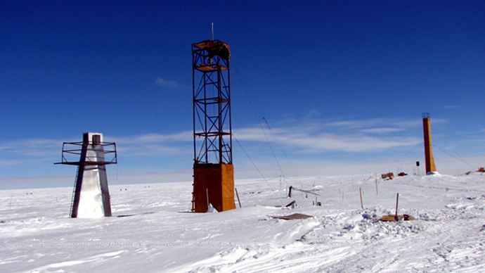 Vostock research camp in Antarctica (Reuters / Alexey Ekaikin)