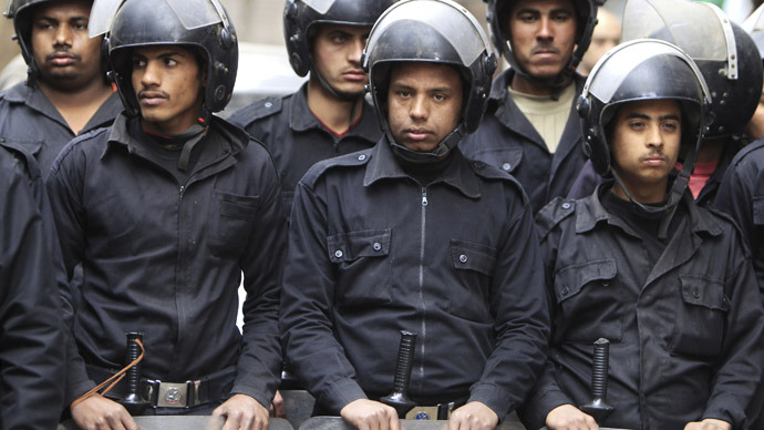 Egyptian riot police (Reuters/Mohamed Abd El Ghany)
