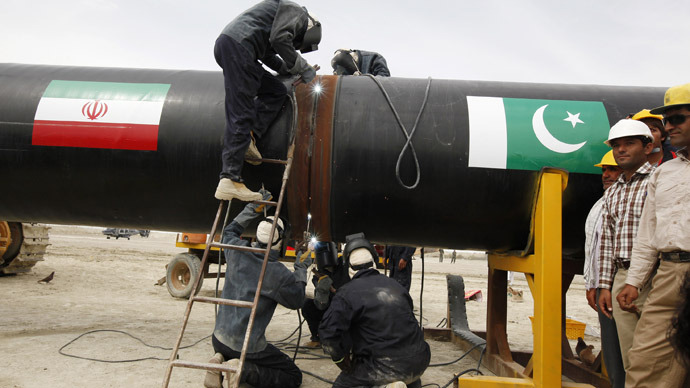 US threatens Pakistan with sanctions over Iran gas pipeline