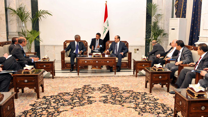 A handout picture released by the Iraqi prime minister's office on July 10, 2012, shows UN-Arab League peace envoy Kofi Annan (top L) meeting with Iraqi Prime Minister Nuri al-Maliki in Baghdad on July 10 (AFP Photo / HO)