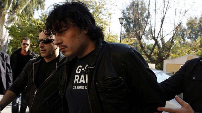 Third breakout attempt fails: Convict at Greek prison surrenders, releases hostages
