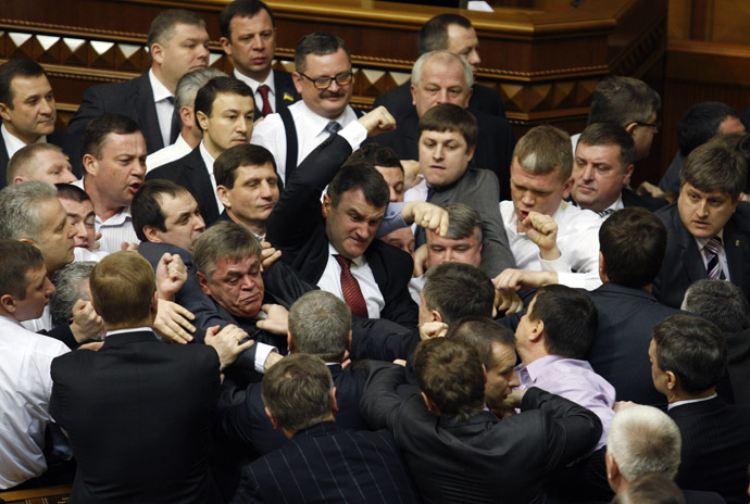 Ukrainian opposition and majority deputies fight on March 19, 2013 on whether to speak Ukrainian or Russian in the parliament in Kiev. (AFP Photo)