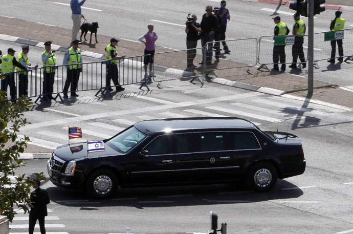 The armoured Cadillac limousine of US President Barack Obama drives through Jerusalem upon his arrival on March 20, 2013.(AFP Photo / Gali Tibbon)