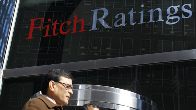 Fitch ready to strip UK of exclusive AAA rating