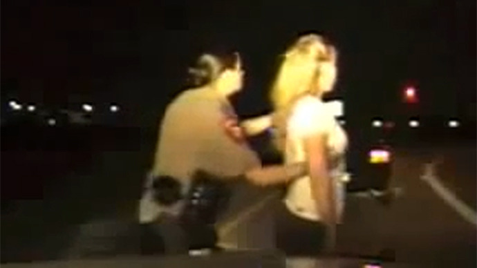 http://rt.com/files/news/1e/79/50/00/texas-troopers-search-cavity.si.jpg