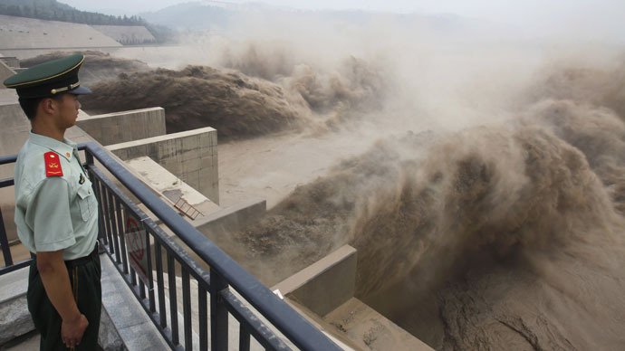 28,000 Chinese waterways dry up amid pollution tidal wave