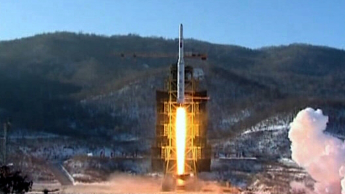 A video grab from KCNA shows the Unha-3 (Milky Way 3) rocket launching at the North Korea's West Sea Satellite Launch Site, at the satellite control centre in Cholsan county, North Pyongan province in this video released by KCNA in Pyongyang December 13, 2012. (Reuters / KCNA)