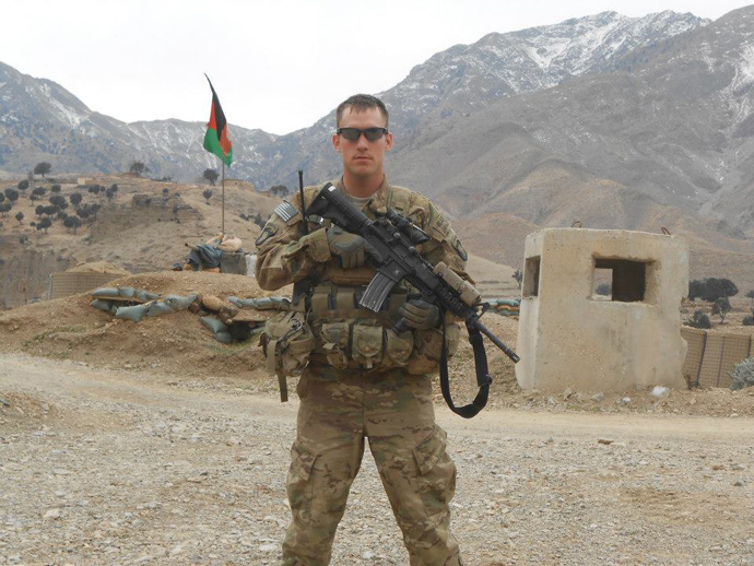 Sgt. Michael Cable stands on duty in Afghanistan (Photo from Facebook user michael.cable.1238)