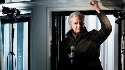 Assange launches WikiLeaks Party, to run for Australian senate 'to keep politicians honest'