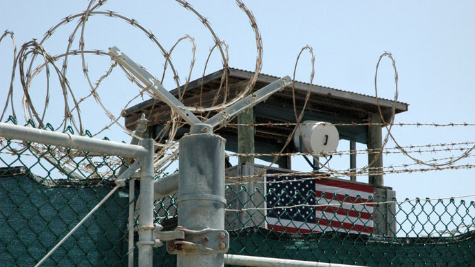 US govt starts notifying Gitmo inmates' lawyers of force-feeding