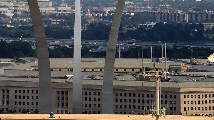 Reagan and Obama budget directors urge to cut Pentagon spending