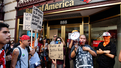 Hundreds of New York fast food workers protest for better pay