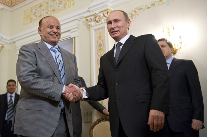 Russia's President Vladimir Putin (R) shakes hands with his Yemeni counterpart Abd Rabuh Mansur Hadi during their meeting in Putin's Novo-Ogaryovo residence outside Moscow, on April 2, 2013.